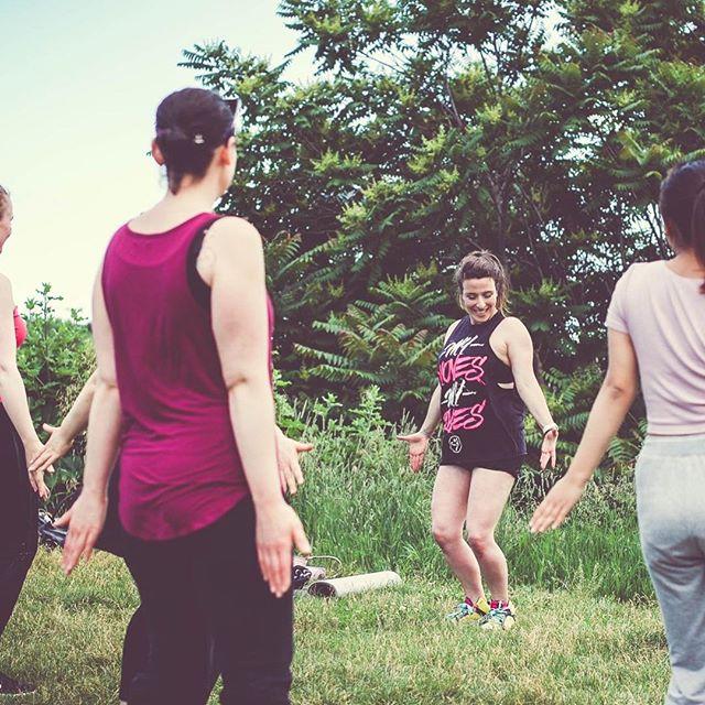 Can't stop dancing! 💃🏻 #zumba⠀ .⠀ .⠀ .⠀ .⠀ .⠀ .⠀ #cafedemi #adu #brittnebabe21daychallenge #brittnebabe #gasolina #dancehall #latindancehall #monsterproducts #reggae #zumbawe #zumbainstructor #zin #zumbafitness #zumbadanceparty #cardio #exercise #wellness #wellbeing #denizli #instagood #goodtime #mcm #gymlife #aerobic #smile #aesthetics #muğla #msvision #msvisionphoto @ms.vision