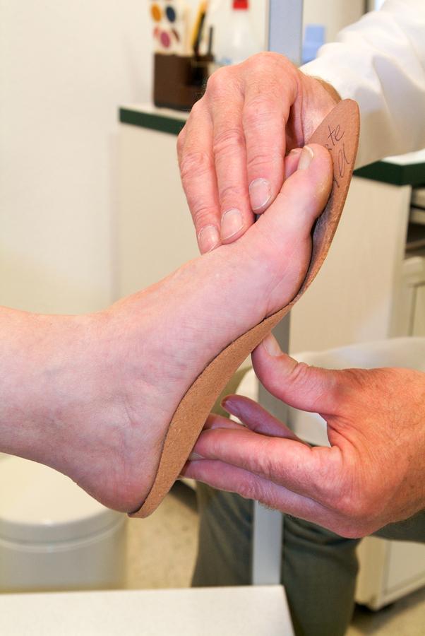 bigstock-Doctor-Preparing-Orthopedic-In-186837457.jpg