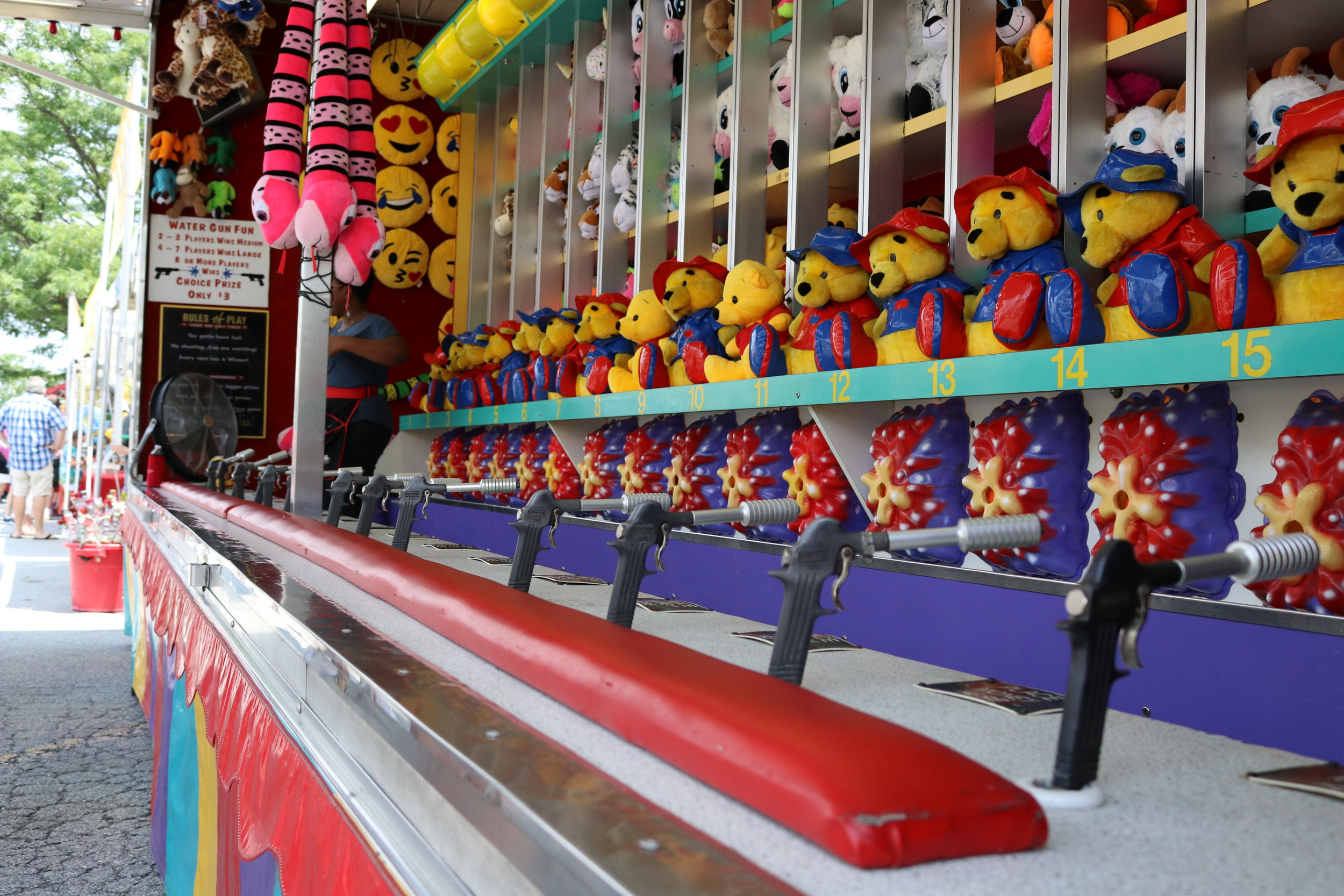 Water Gun Fun - Test your aim!! Aim for your target and who ever reaches the top first will win a prize. Up to 17 players at once