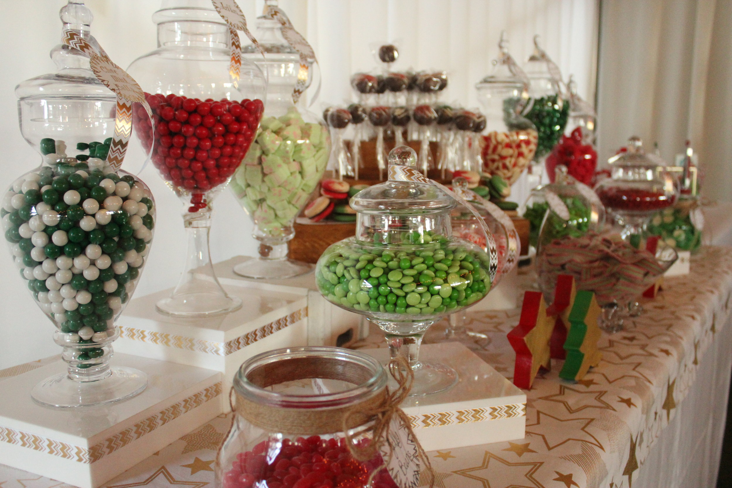 Christmas Candy Bar - Red, Green, White, Gold 2/11 - Peppermint Balls & Jaffas
