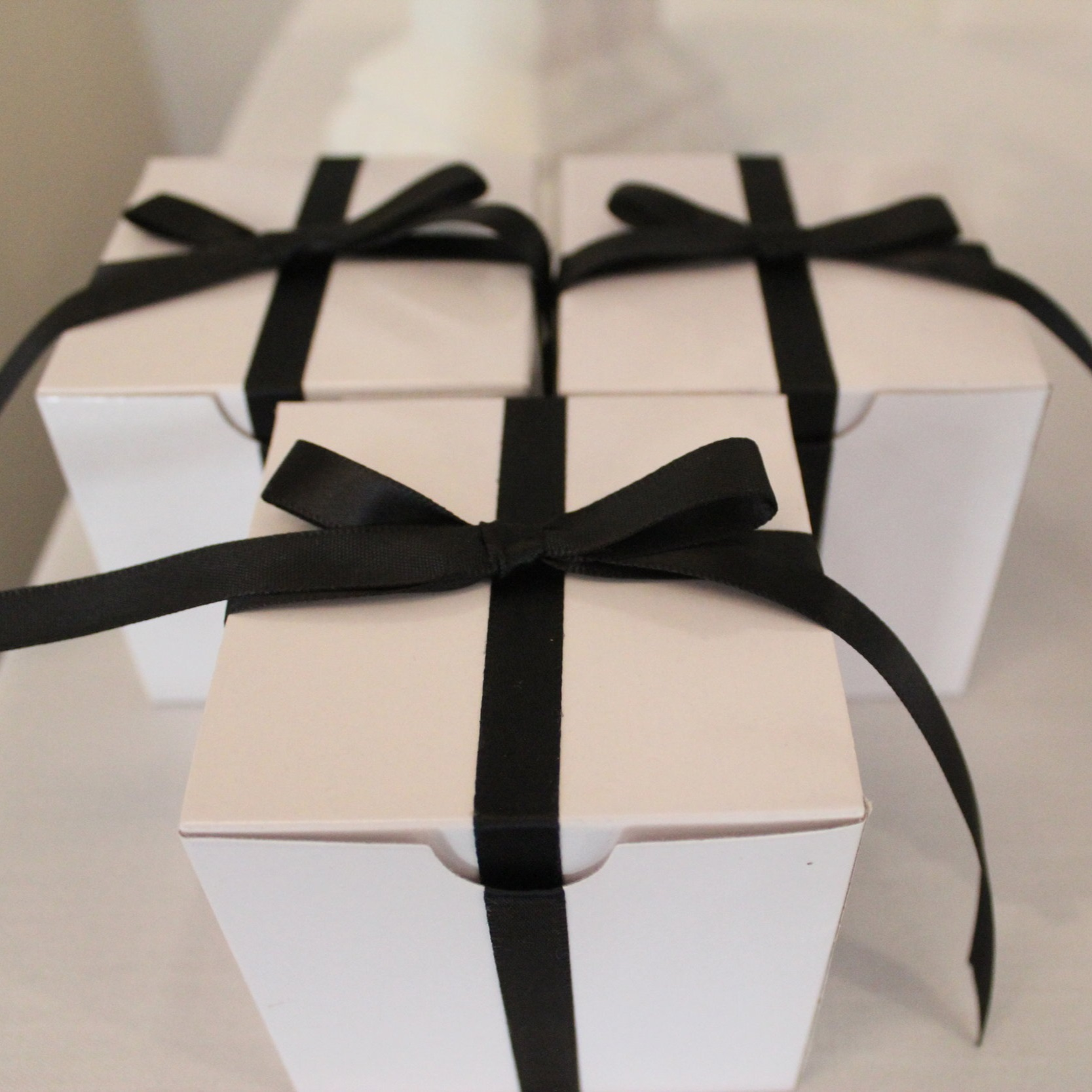 Custom Lolly Boxes & Wedding Favours
