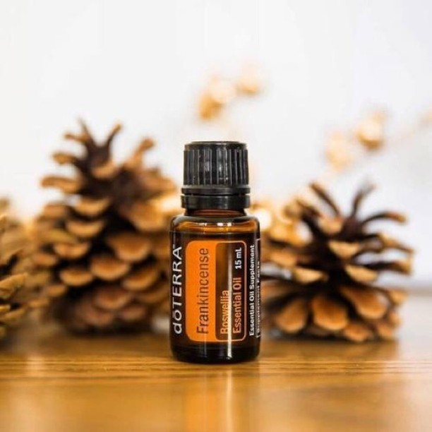 """Often people ask me what my #1 essential oil is. And without a doubt it would be frankincense. Frankincense was the very 1st oil shared with us 18 years ago. 19 years ago I was going through a brain tumor and a family friend, who does what I do now (shares essential oils actively) gave my mom a sample, some studies, and said we should look into it. My full story is here if you'd like to read it: www.AllisonHuish.com/my-story . Frankincense is good for so many things. It's good for skin issues and wrinkles, it boosts your white blood cell count so you stay healthy, it helps with mood issues (like depression), it fights c@ncers and abnormal cell growths, it's one of the oils that can cross the blood brain barrier and can positively affect the brain, and so many other things. One of the phrases with oils is """"when it doubt, use frankincense"""". So if you have an issue and not sure what to do – use frankincense. Without a doubt it will help! . One of the most common ways to use frankincense is internally. You'll see many people talk about how they take in their daily drop of frankincense oil in. And frankincense on the roof of my mouth was the #1 way that I took frankincense for my tumor. . Why in the mouth directly? When you take oils directly in the mouth they bypass the gut and the liver. So they enter the blood stream fast. I recommend under the tongue for most people. For brain or mood issues I recommend the roof of the mouth. . How to take internally? What I do is I have a dropper on my bottle of frankincense. I put a drop under my tongue in the am, the in the pm I put a drop on my tongue then raise my tongue to the roof of my mouth and hold for a few seconds. Frankincense is the #1 oil I take every day. . Have you had your drop of frankincense oil today? If not, go get it! And make sure it's doTERRA's and safe to take internally.  Order my #1 frankincense oil here ➡️ http://bit.ly/2Dx24un . .  #blessed #essentialoil #essential #doterra #aromatherapy #jobopportunity """
