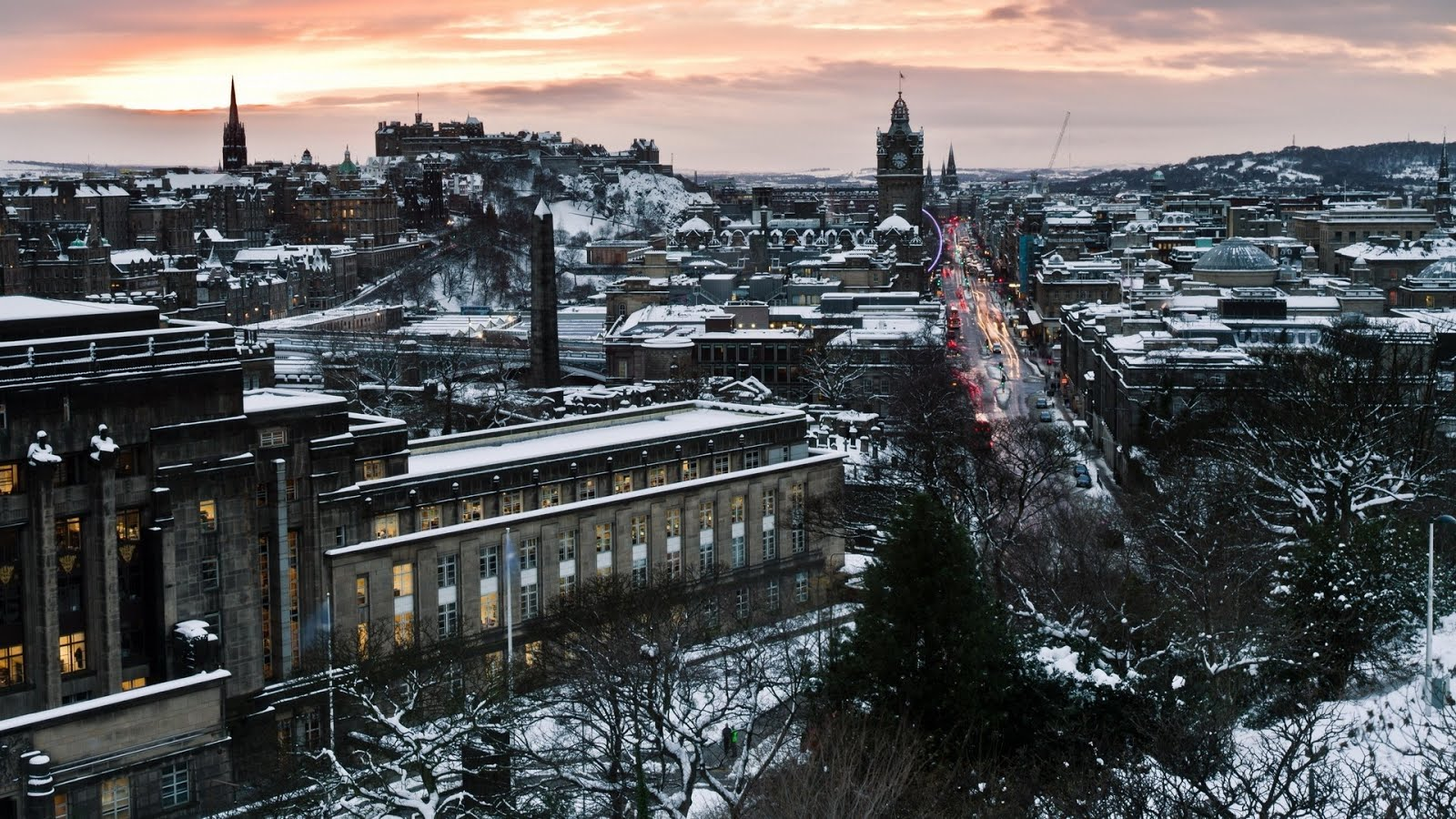 Edinburgh, Scotland gripped in the icy embrace of Cailleach Bhèara, the Hag of Winter!