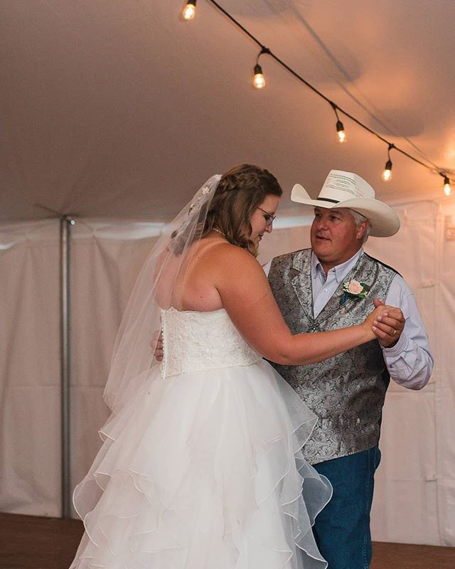Father / Daughter Dance �
