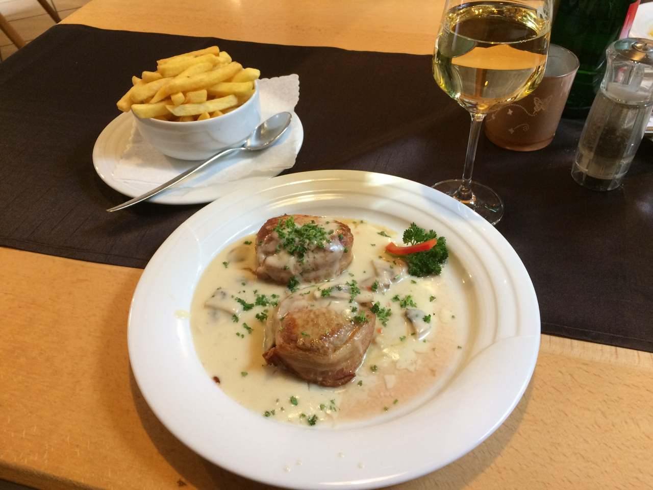 Another fine German pairing. High acid Riesling cuts through all the mouth-coating fat in this dish.