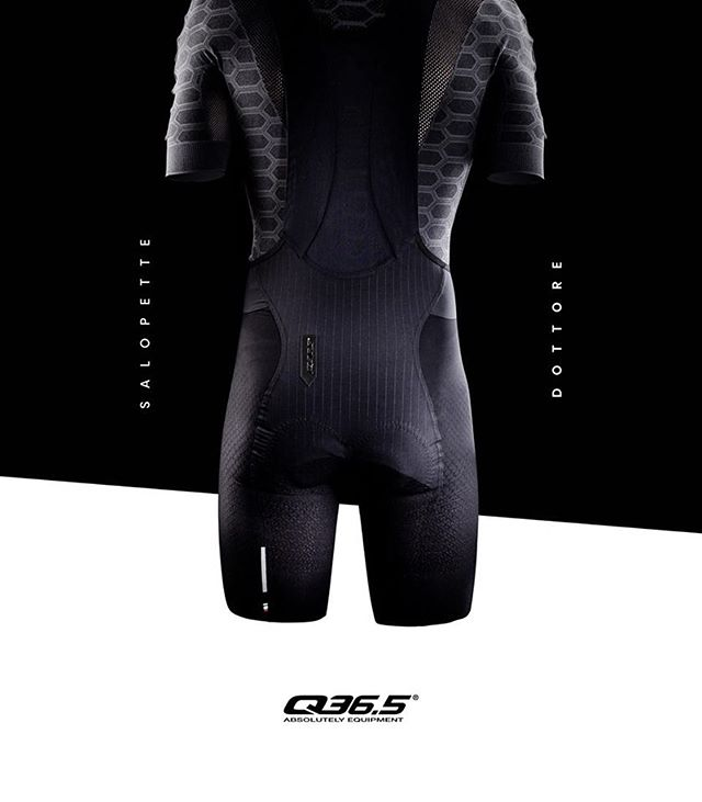 Move over traditional bib shorts, the Salopette Dottore L1 is on the market! The main focus of the Salopette Dottore L1 is not just comfort, it also offers unparalleled support to muscles during the pedal stroke thanks to Q36.5's novel 4-component system: straps, chamois, leg panels and lumbar area - the latter of which has never before been given consideration in modern bib short design. bit.ly/salopette-dottore . . . #cyclingapparel #cyclingwear #bikewear #cyclinggear #cyclingkits #cyclingfashion #rideinstyle #ridewithstyle #cyclingstyle #cyclingequipment #cyclingclothing #bikeclothing #q36_5 #q36_5absolutelyequipment #absolutelyequipment #cyclingbib #cyclingculture #cyclingpro #cyclingbibshorts #salopettedottore #roadbikelife #roadbikelifestyle #roadbikelove #cyclinglovers #welovecycling #ridelightweight #cyclingsnob #q365