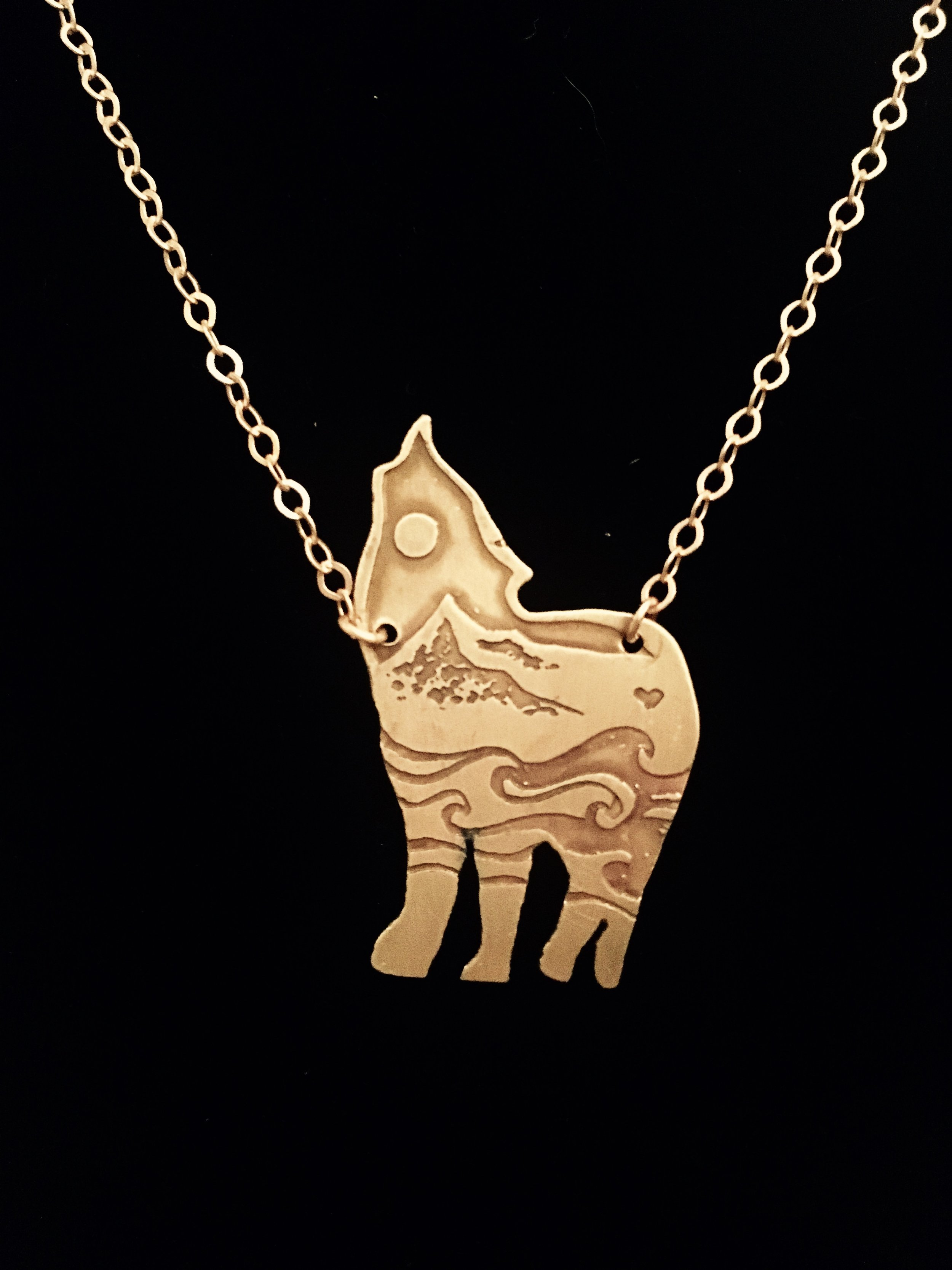 Wolf_Front_Necklace.jpg