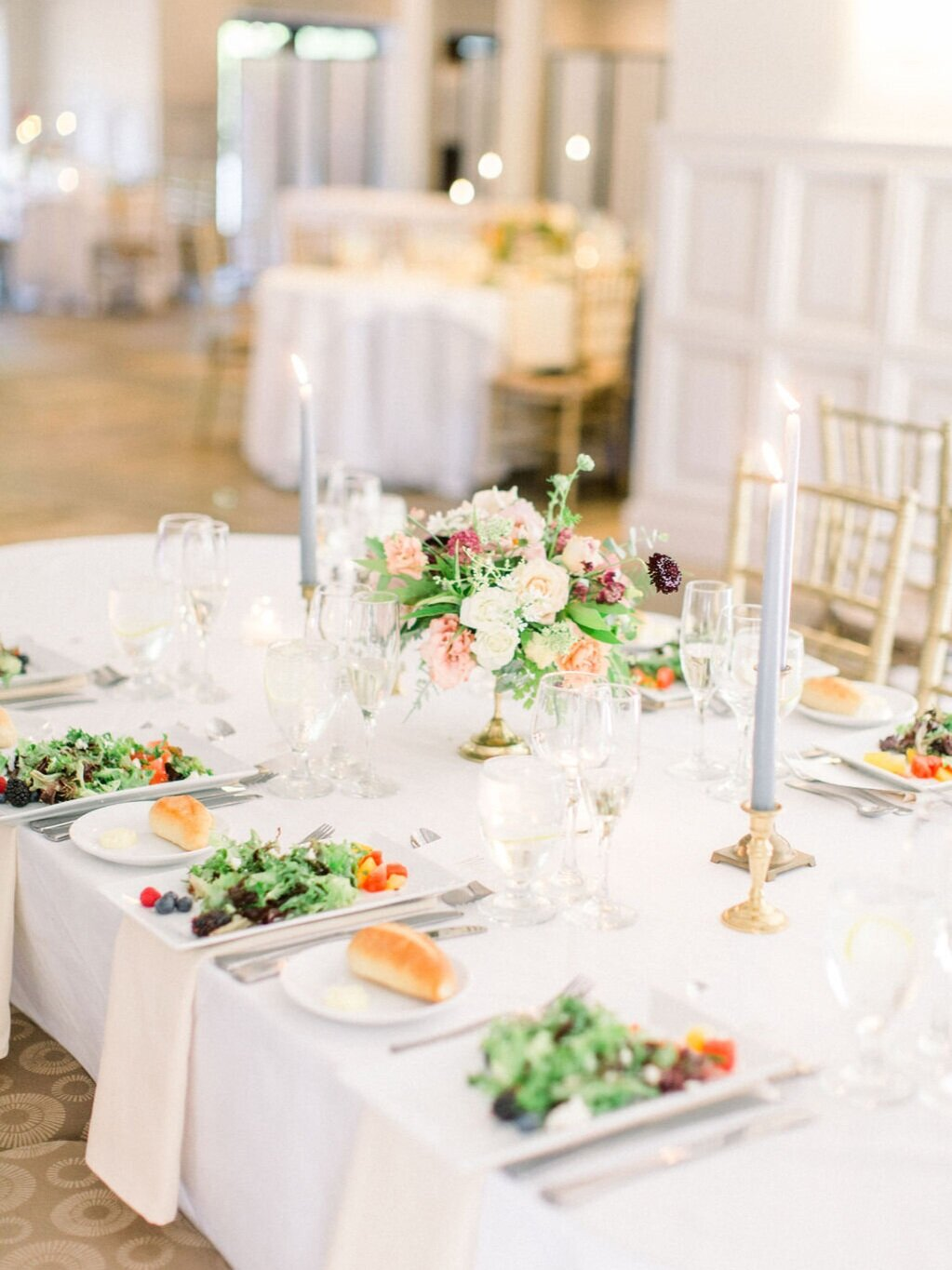 Our Mission - Pridmore Design is passionate about creating stunning events with floral design. Through our intentional processes, we create personalized floral design plans to fit each client's vision and needs, no matter what they might be.