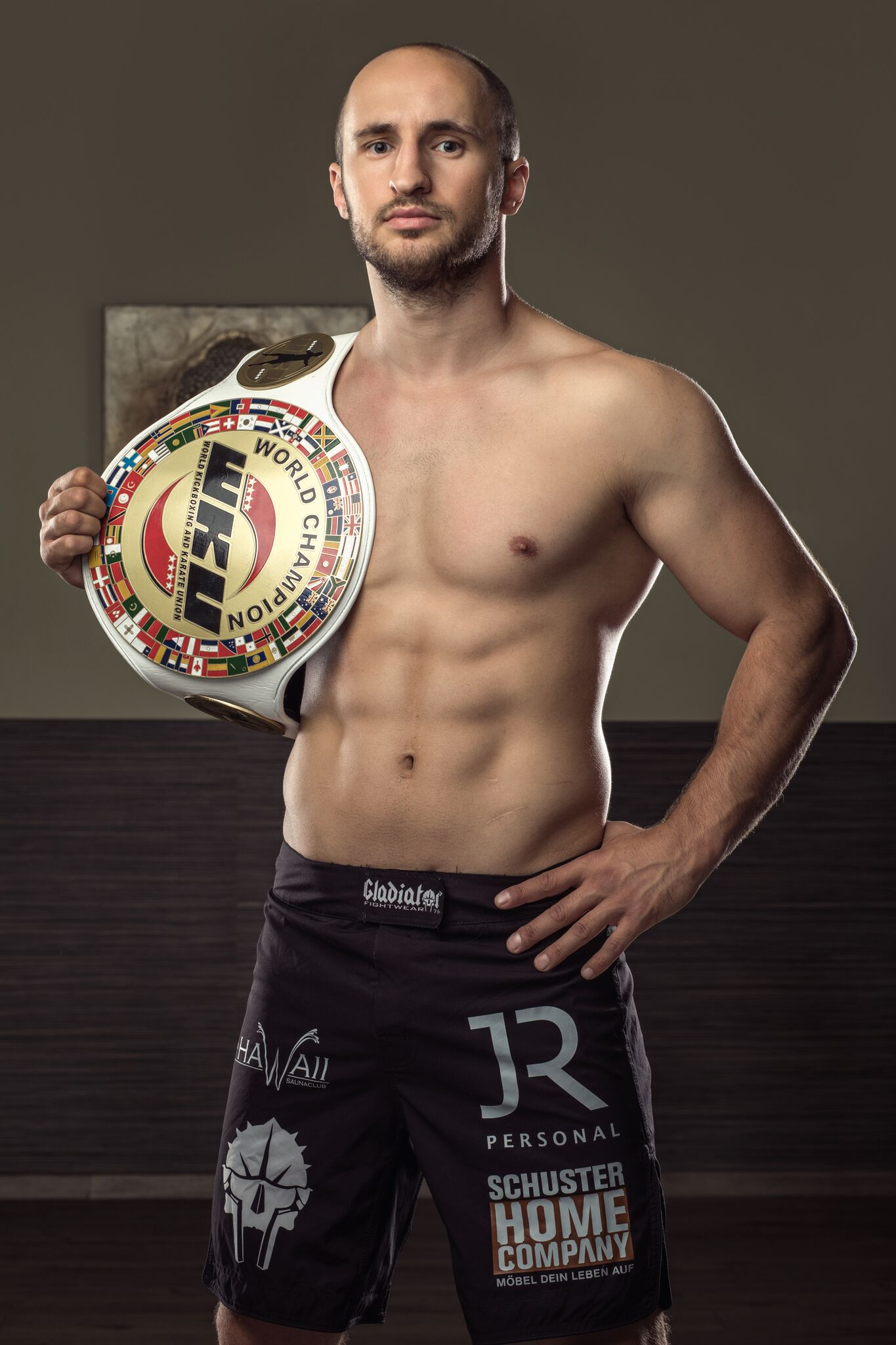 16-Facher Kickbox Weltmeister