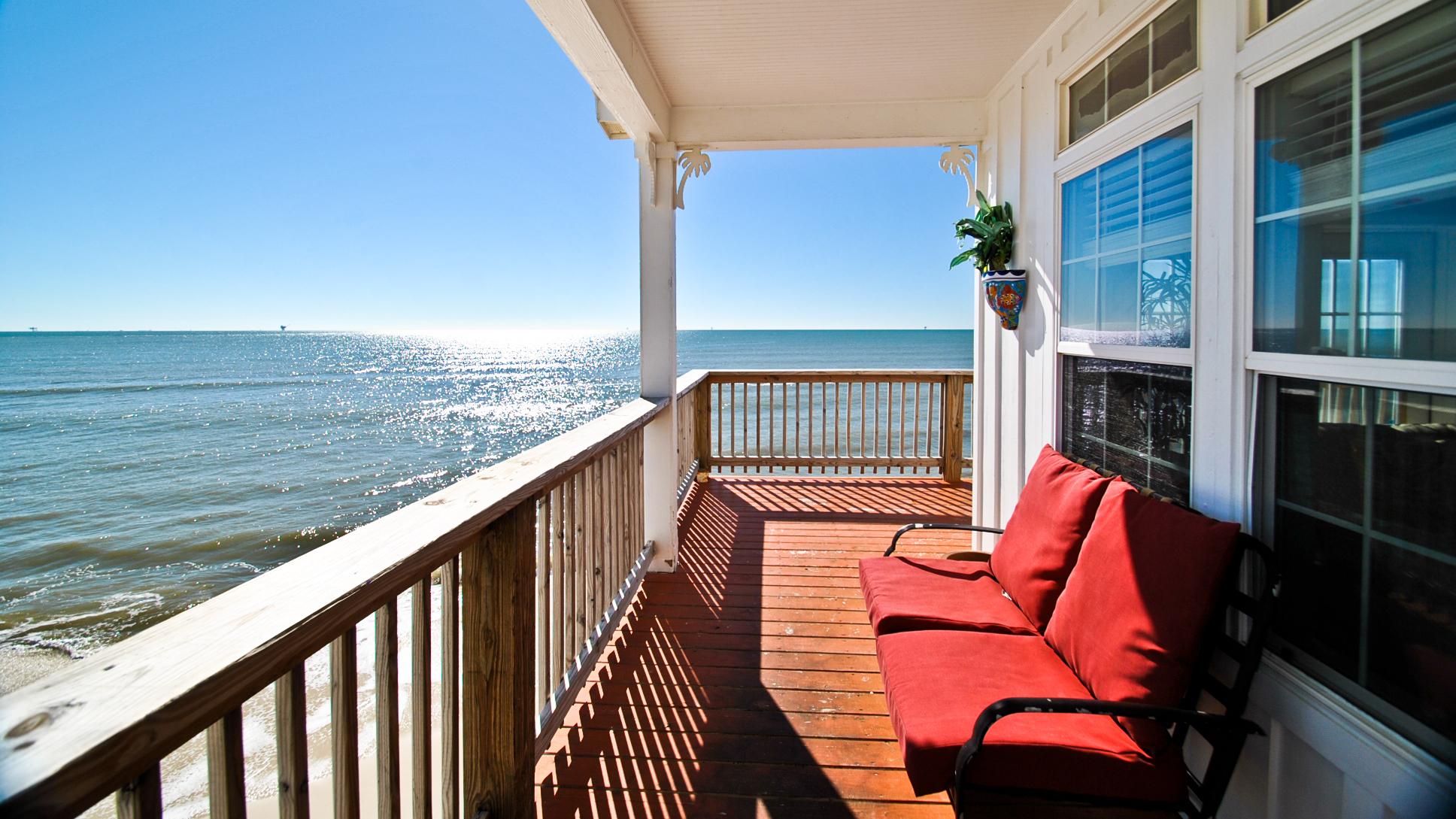 Real Estate Vacation Rentals.jpg