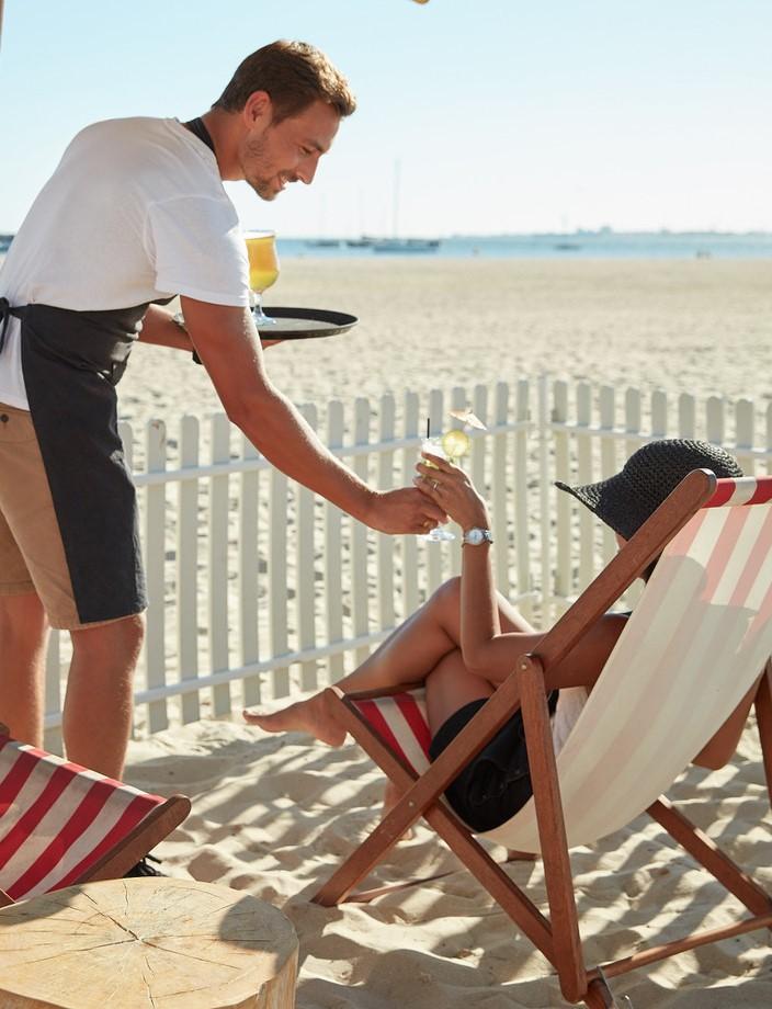 service_beach2.jpg