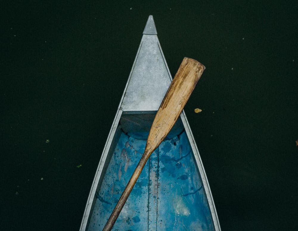 outdoor-canoe-engagement-session-4274.jpg