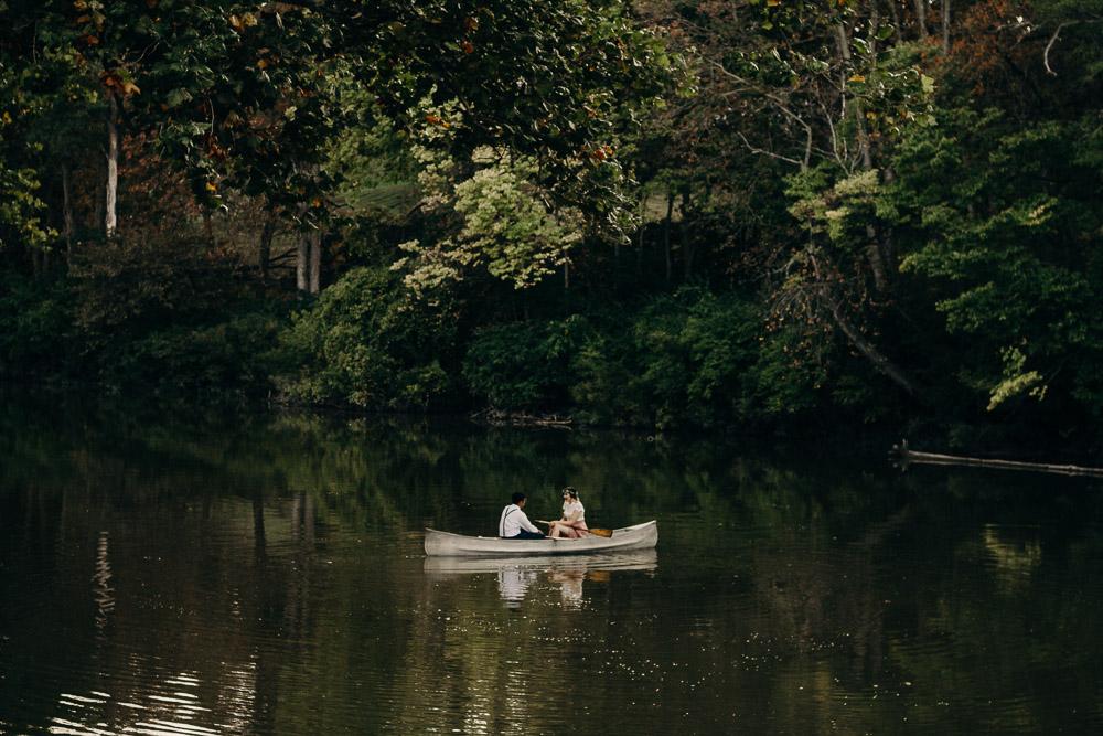 outdoor-canoe-engagement-session-4331.jpg
