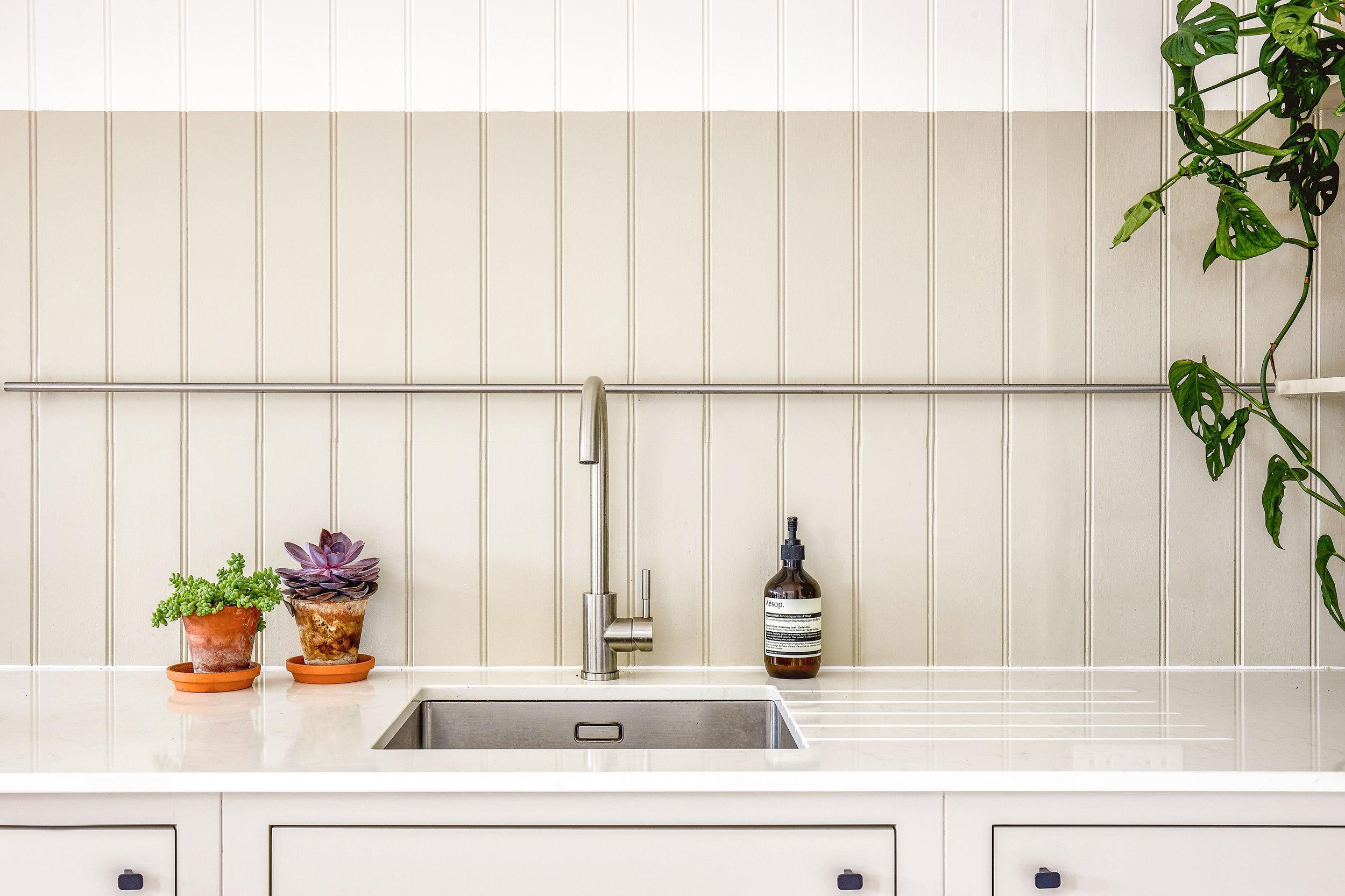 London shaker kitchen