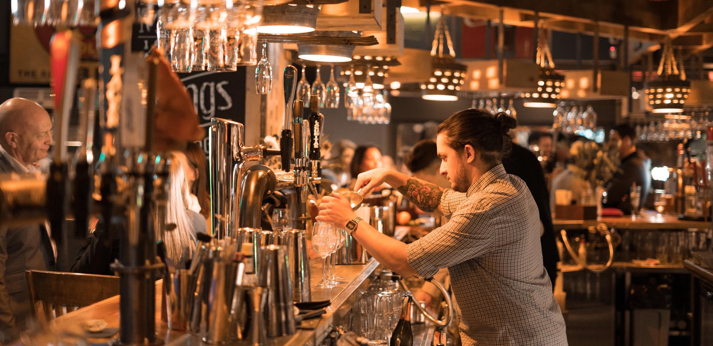 Dancing-Moose-Bournemouth-Bar-Restaurant-Cocktails-Burgers-Pub.jpg