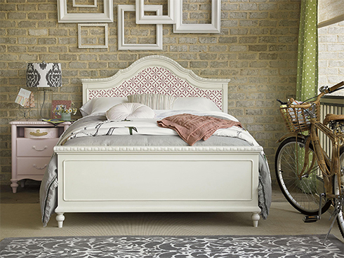 Bellamy Youth Bedroom with Pink Nightstand