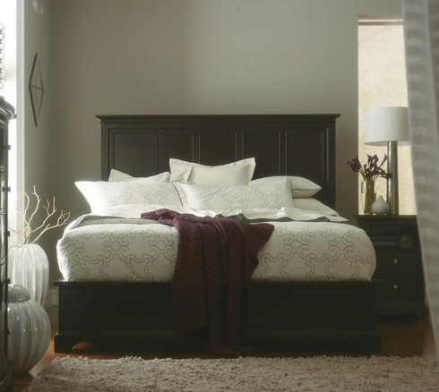 Classic Portfolio Transitional Bed