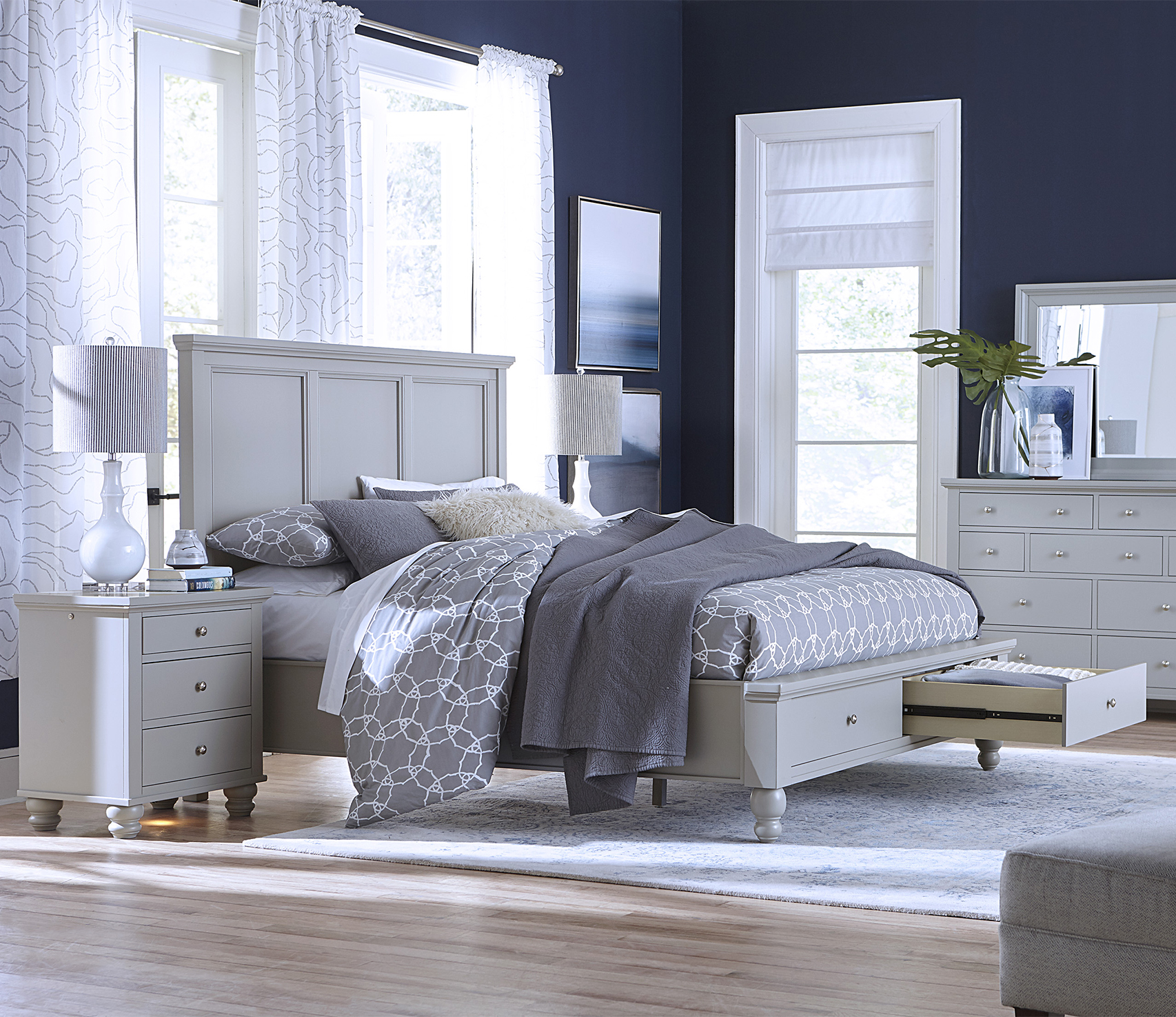 Cambridge - Save $100 With Purchase of Bed, Dresser, Mirror and Nightstand
