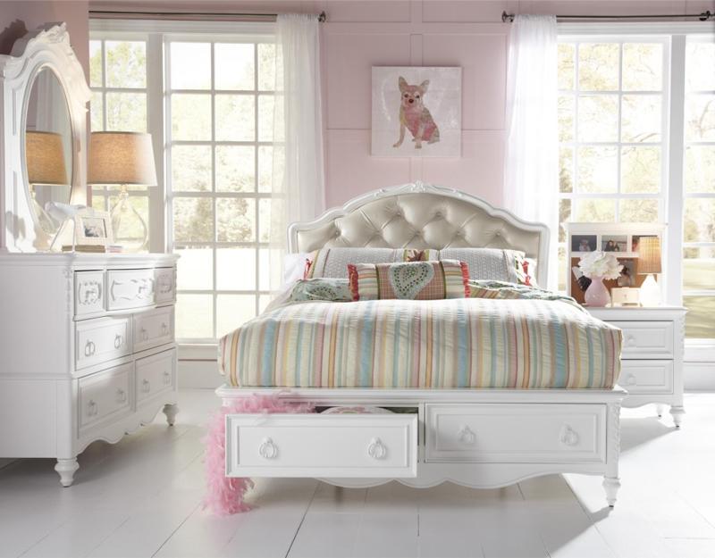 eleanor full bed.jpg
