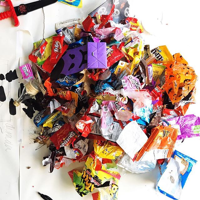 It's my favorite day of the year! I went Trash-or-Treating, which I am debating calling Good Scout, Bad Scout. It's utterly appalling and entirely thrilling to find so much trash and so much treasure. #girlscout #pickitup #CANDY!