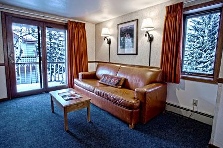MHL_guestroom6.jpg