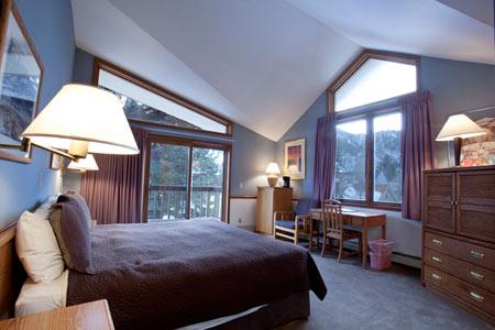 MHL_guestroom1.jpg