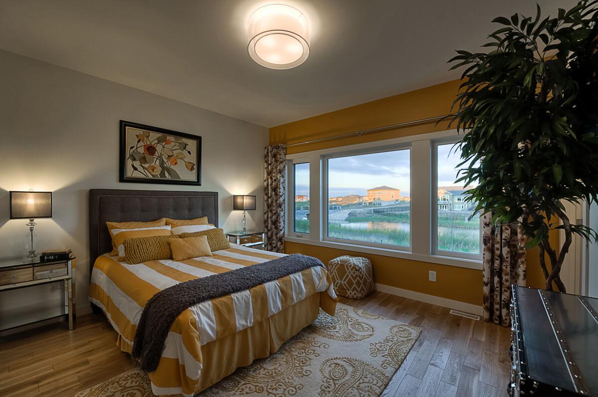 06-1630sqft_Hawksridge_Master Bedroom_Bungalow_Bridgwater Lakes.jpg