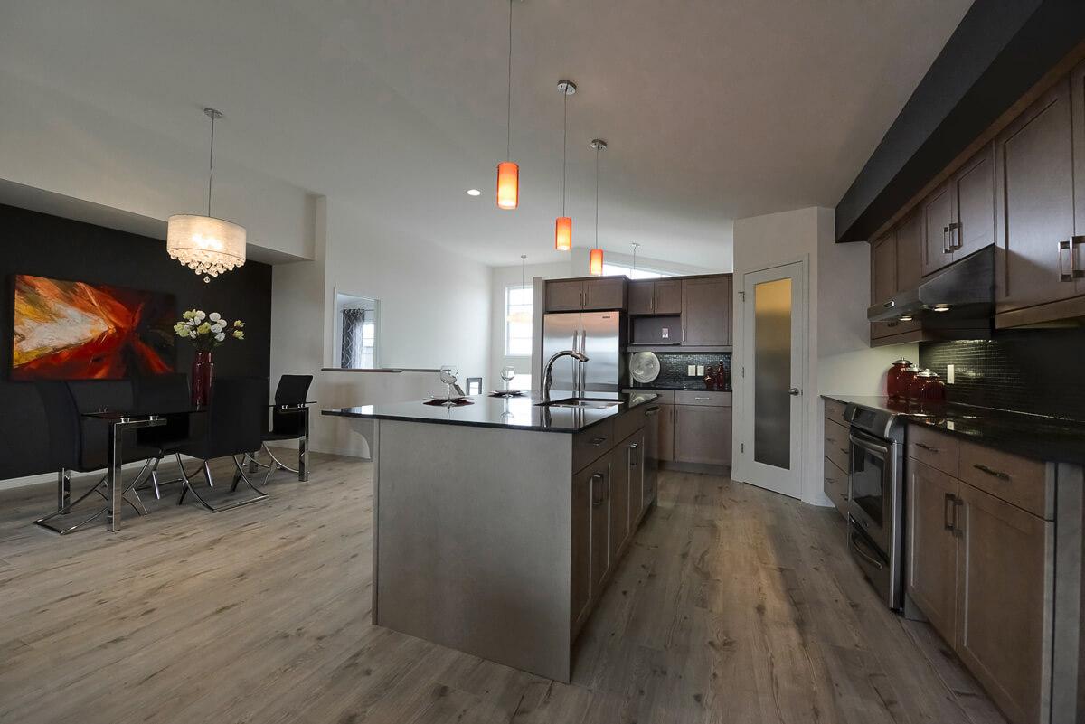 04-2314sqft_Kendal_Kitchen Dining Room 2_Bungalow_Sage Creek.jpg