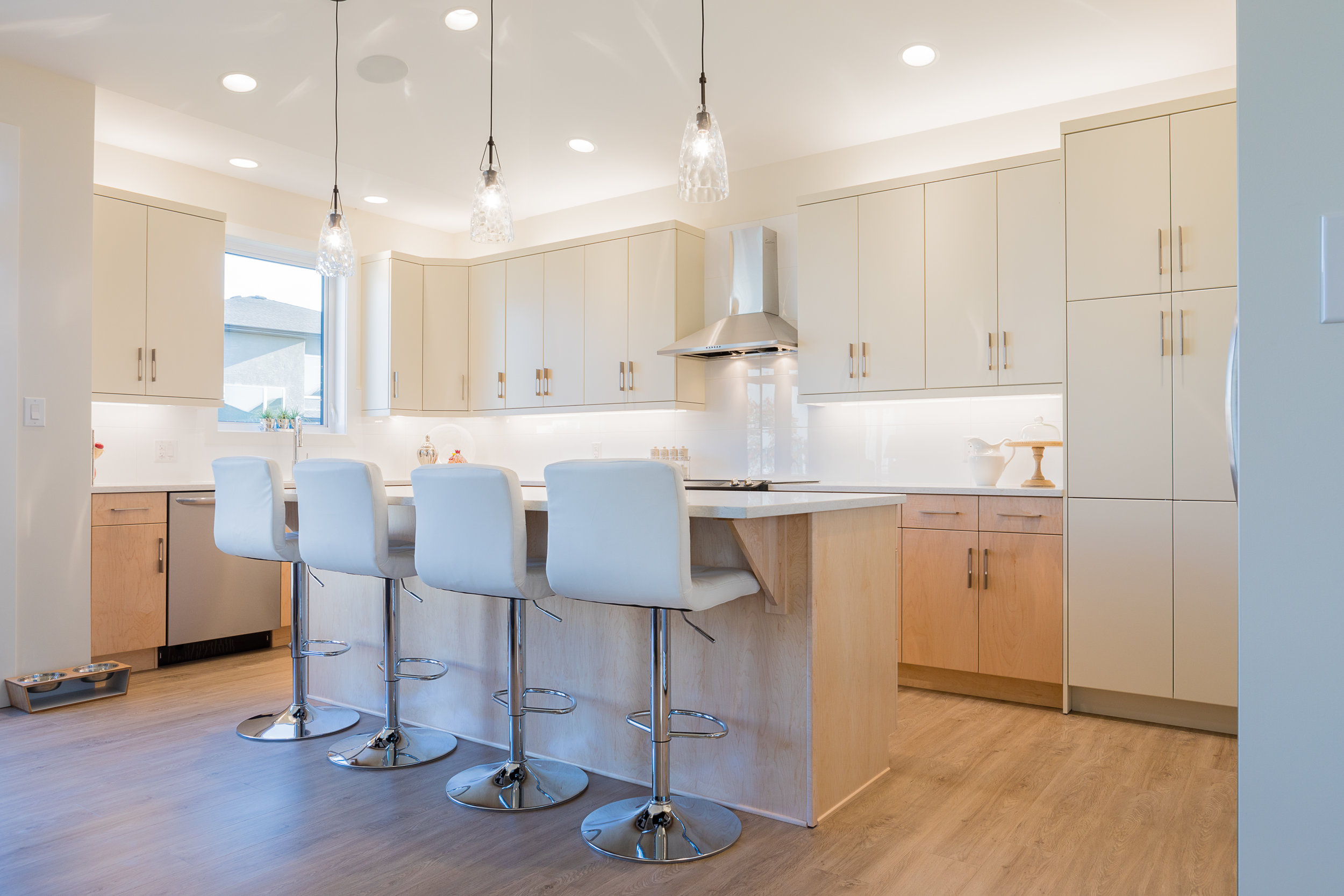 1815sqft_silverstone ii_bungalow_interior_sage creek_kitchen.jpg