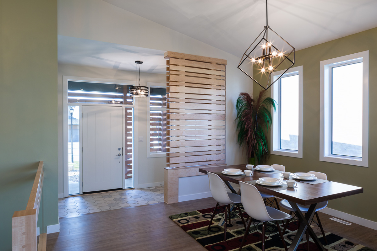 1815sqft_silverstone ii_bungalow_interior_sage creek_foyer.jpg