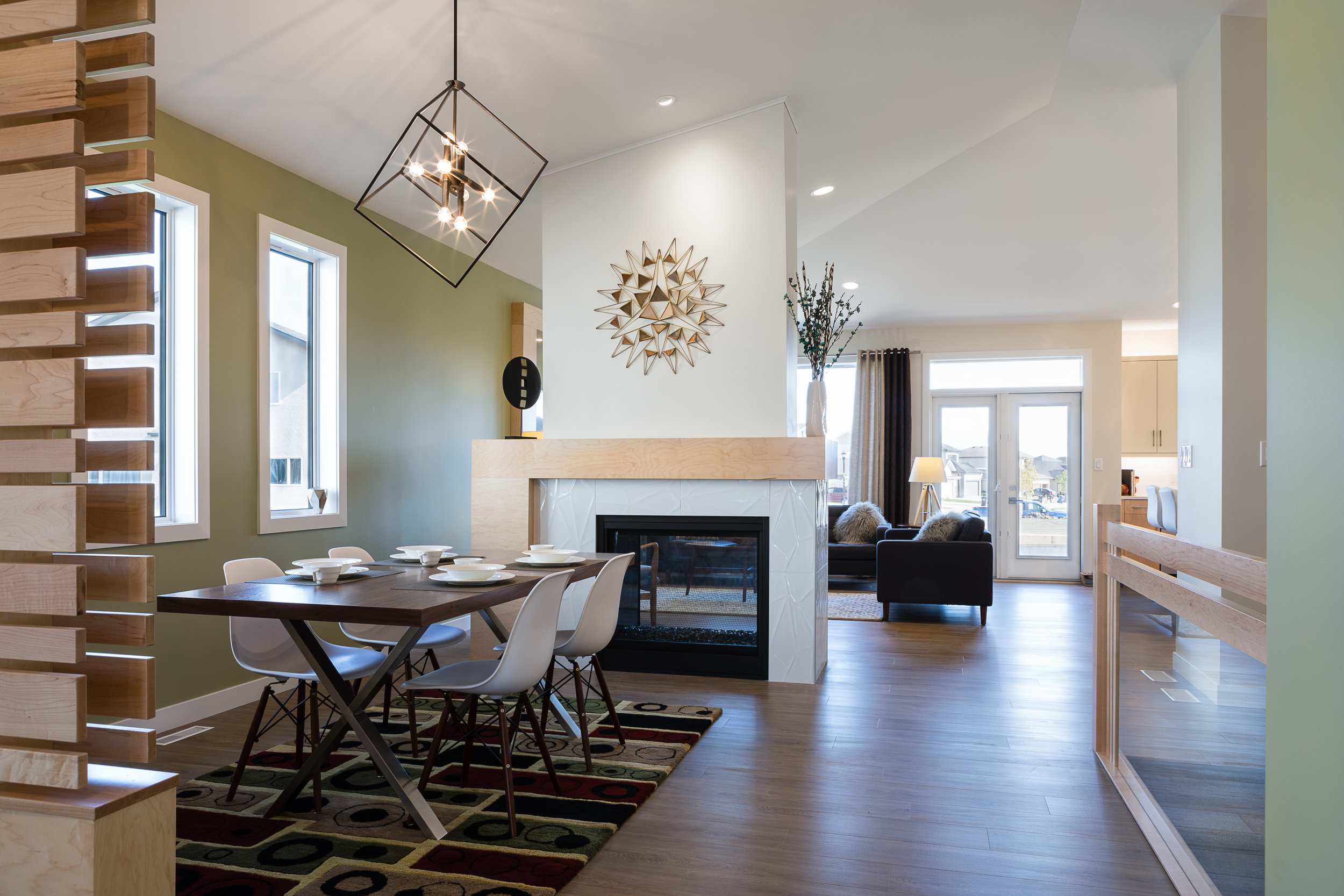 1815sqft_silverstone ii_bungalow_interior_sage creek_dining room.jpg