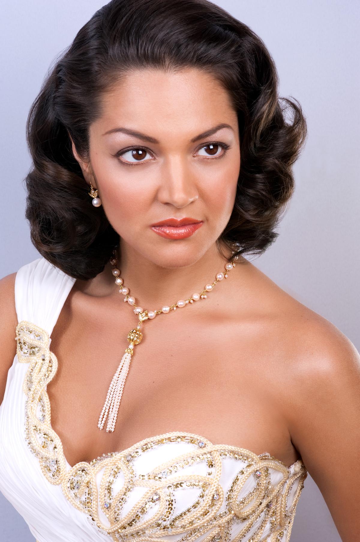 Paula wearing Distefano.jpg