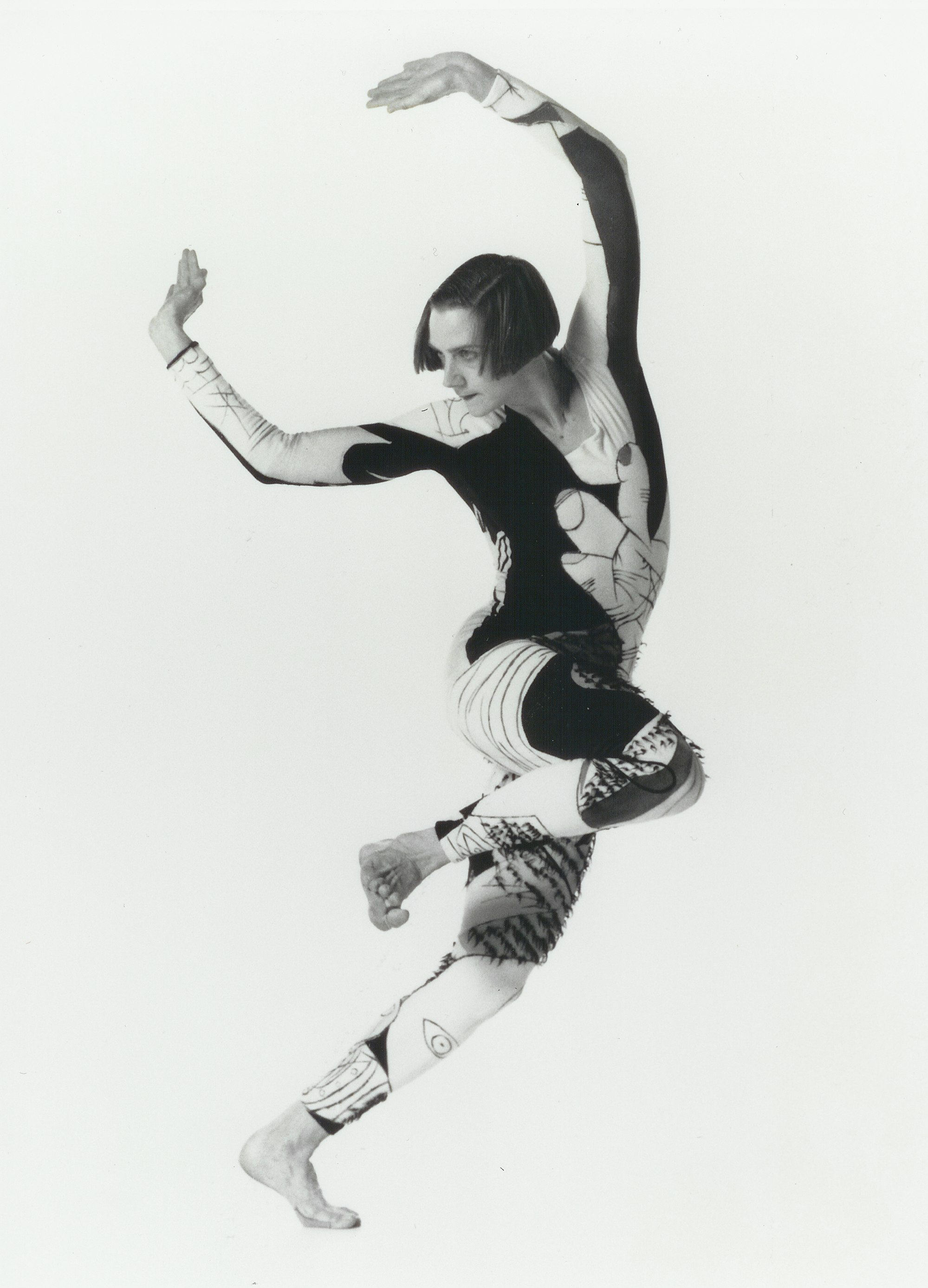 Peggy in  Brute . Costume by Jane Townsend. Photo by Lois Greenfield.