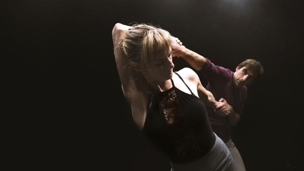 """sylvain lafortune and esther Rousseau-Morin in """"l'un l'autre"""", at danse danse montreal, october 2018."""