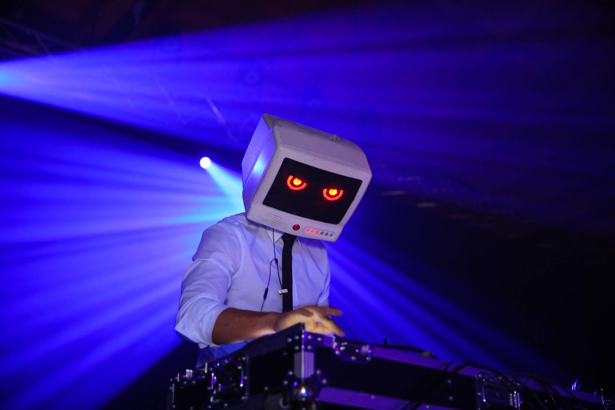 Mind warp Robot Dream photo1 jason.jpg
