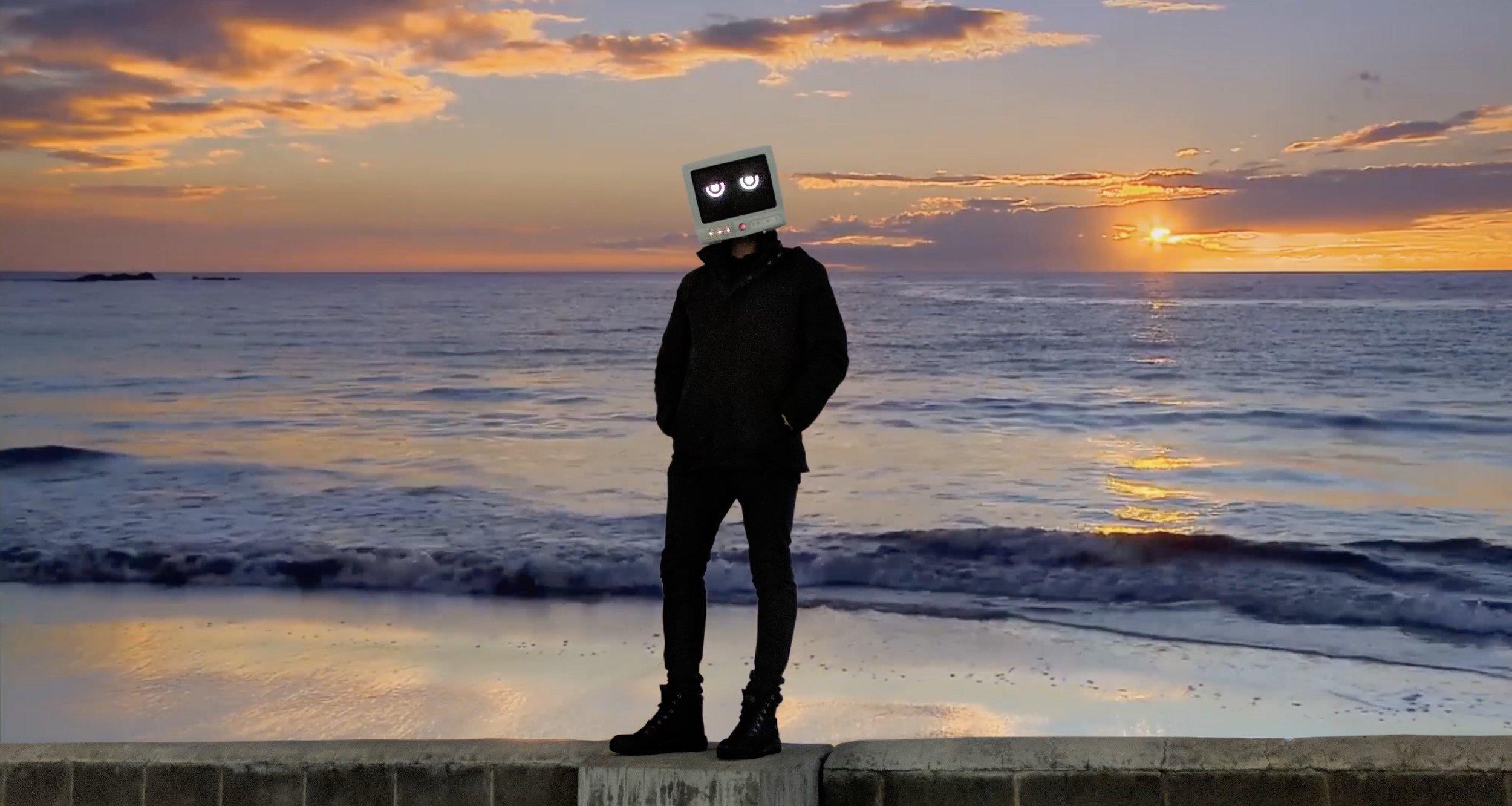 Ocean wall robot sillhouette.jpg