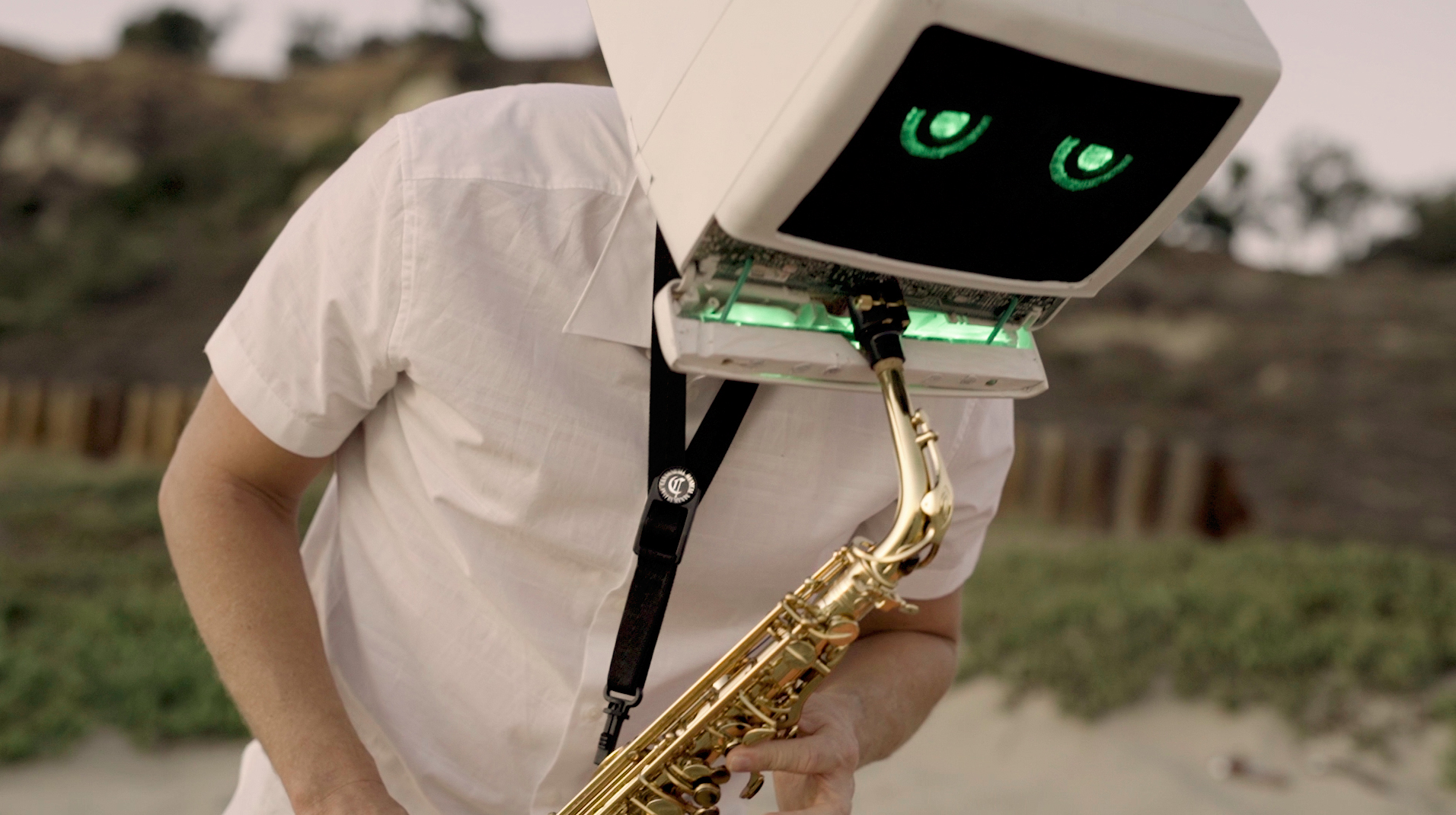 Saxophone playing Robot