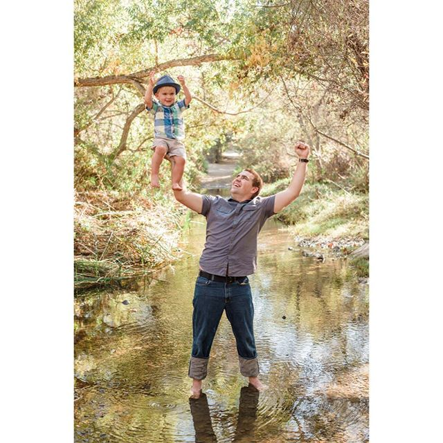 Yeehaw! ❤️📷☀️ • • • • • • • • #ardentfinds #thatsdarling #darlingmoment #livethelittlethings #clickinmoms #babylove #son #motherhood #theartofslowliving #kiddo #sandiegofamily #thehappynow #pursuepretty #workingparent #sandiegofamilyphotographer #watchthemgrow #bestfriends #staycurious #voresbørn #dadjokes #fatherson #letthemplay #flashesofdelight #happyfamily #familygoals #familymoments #familyphotos #fatherhood #gettotallyrad #fatherandson