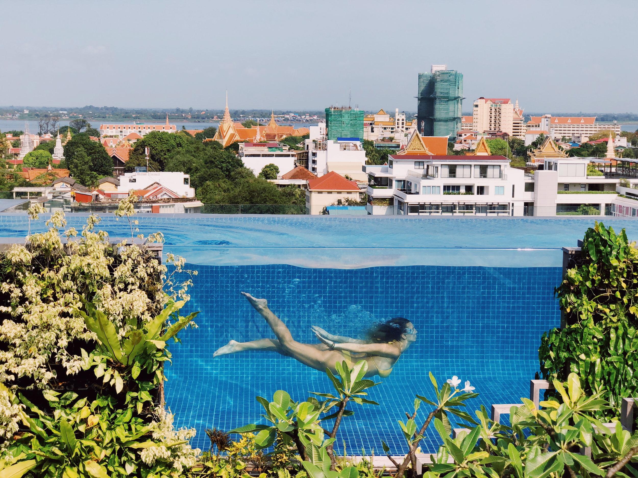 Aquarius Hotel Infinity Pool