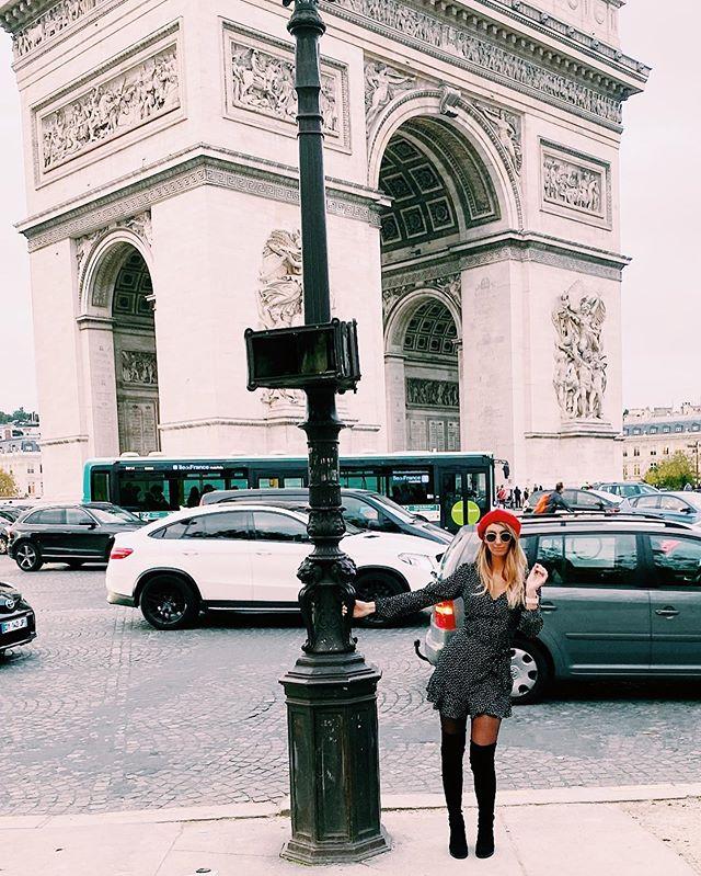 Feelin the Parisian look .. #champselysees #parisianstyle #parisismagical