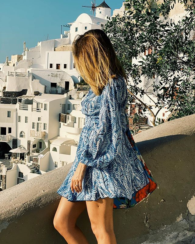 I think BG has a future in photography...Few thoughts on Santorini. Views are gorgeous. Prettiest place on earth but I wouldn't want to spend more than 2-3 days here as it's a super small island with not a lot to do and it's packed full of tourists. However, it's a must see.