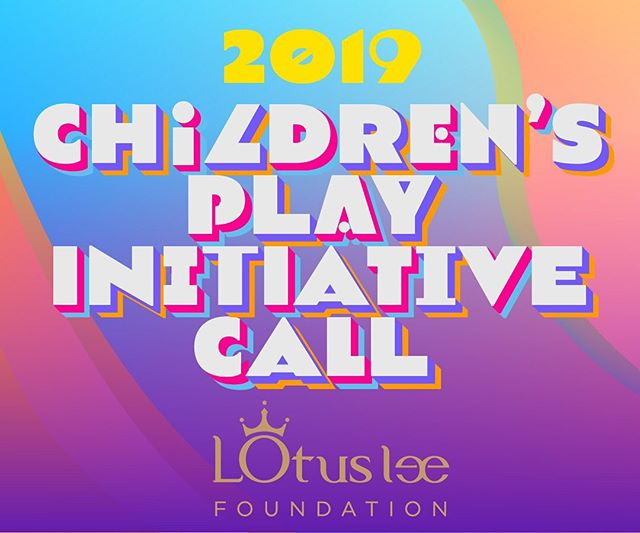 5 more days to submit! 😄👧🧒👦🎭📝 link in bio ✍🏼 • #childrenstheatre #theatre #playwright #playwritingcompetition #lotuslee