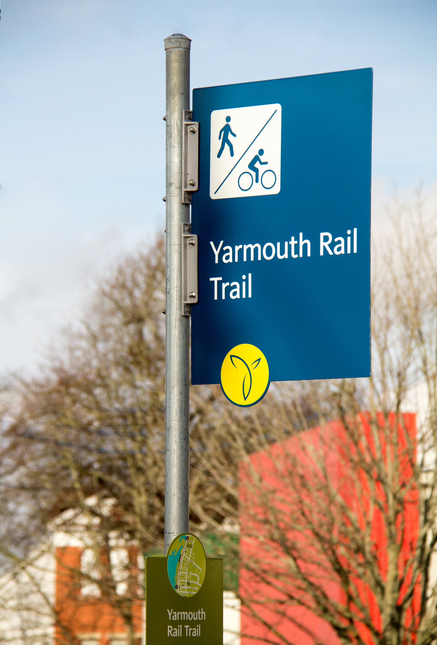 ACTIVE TRANSPORTATION From an active transportation network of trails to park identification signage, the system is meant to encouraging physical activity within the vast array of offerings.