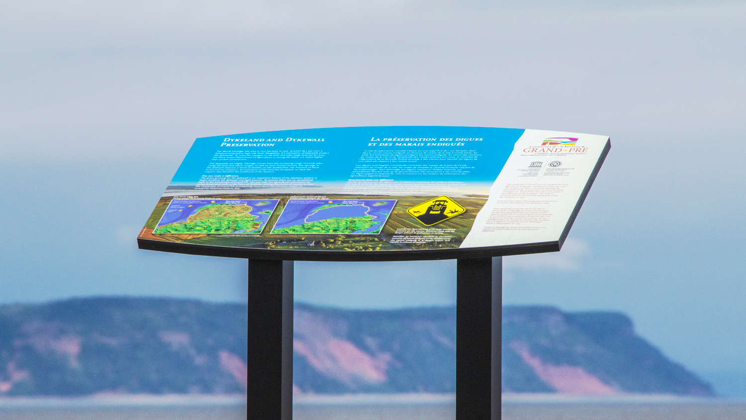 INTERPRETIVE PANEL Panels have a mix of text, maps, photographs and illustrations.