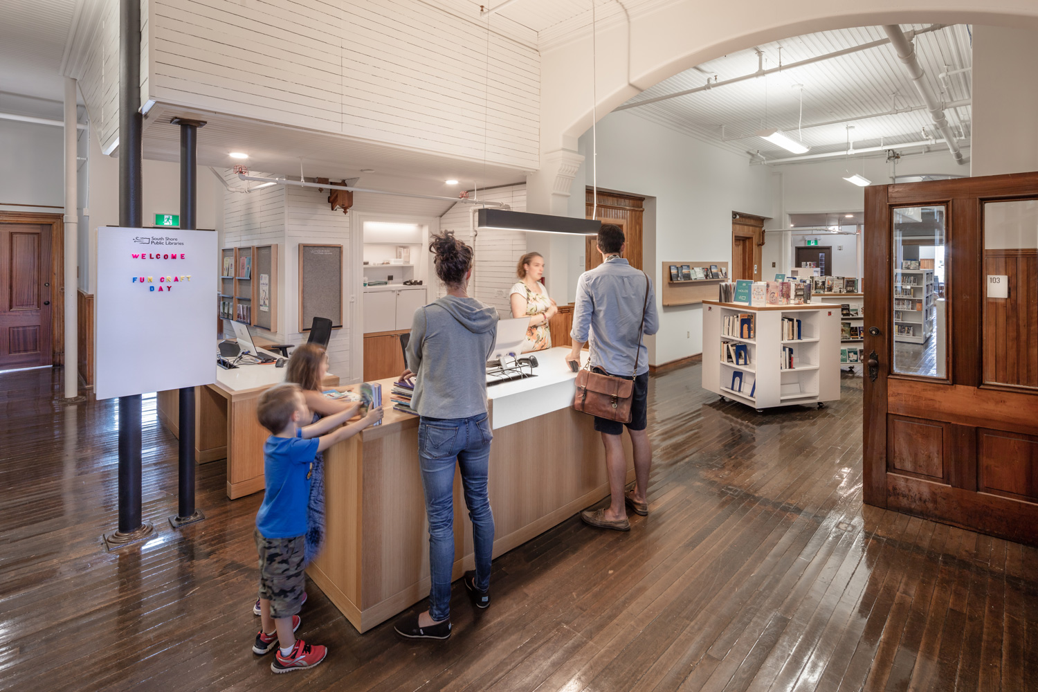Circulation---Lunenburg-Library---credit-Julian-Parkinson---28AUG2018_06A0616---Edited-People-web.jpg