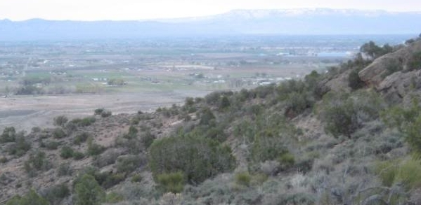 The views get better as we climb. Here, looking north toward Mack and Fruita...