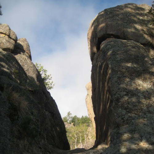 The trail cuts through a number of interesting rock formations.