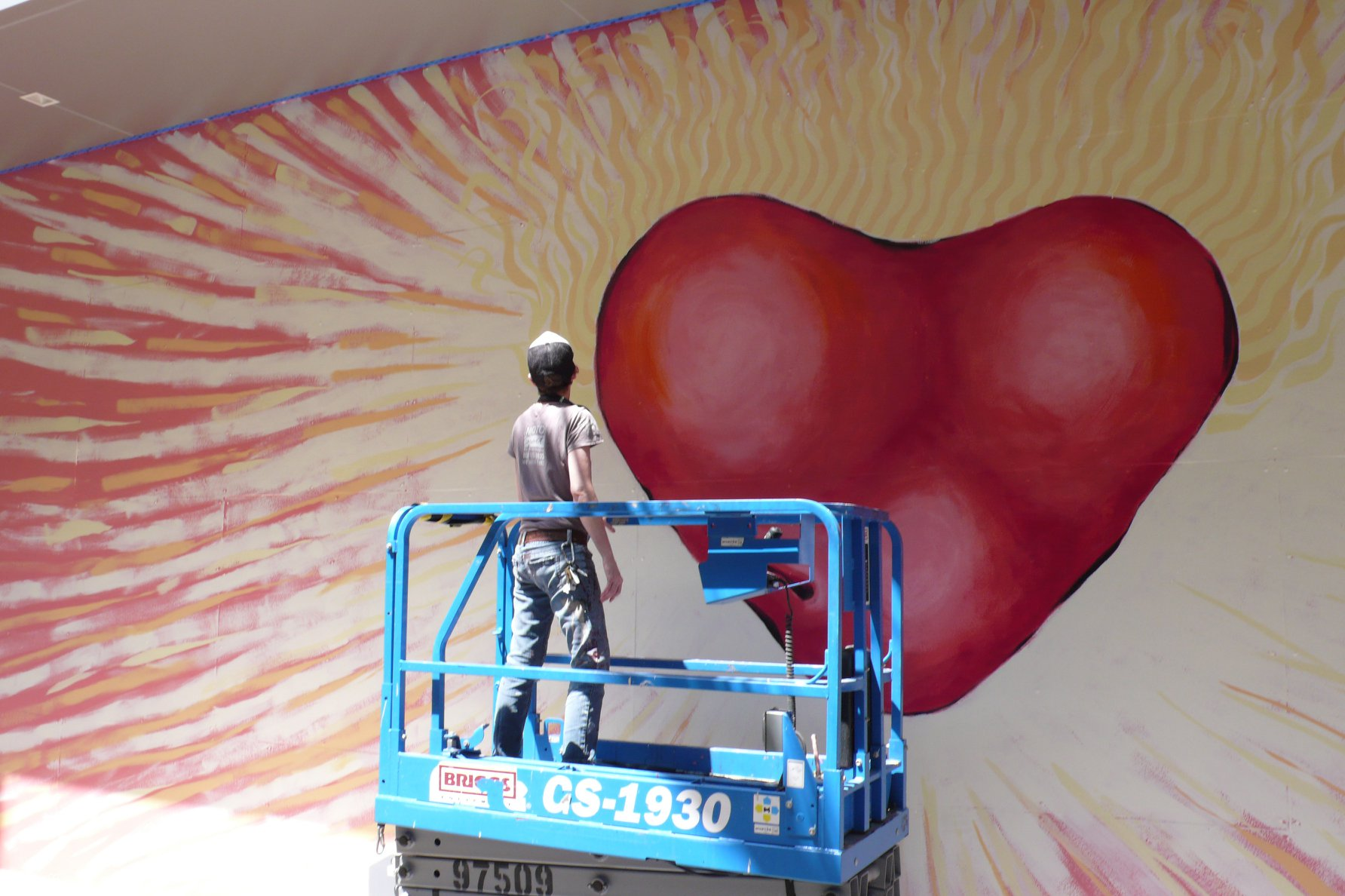 House of Blues FolkHeART mural in progress. Photo by David M. Behrman.