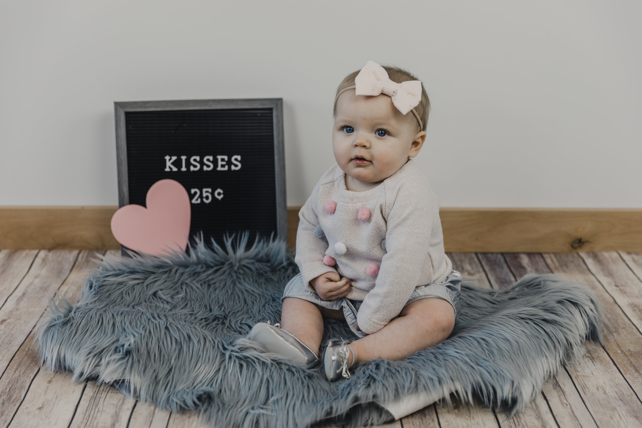 Kinley 6 Month Baby Pictures-61.jpg