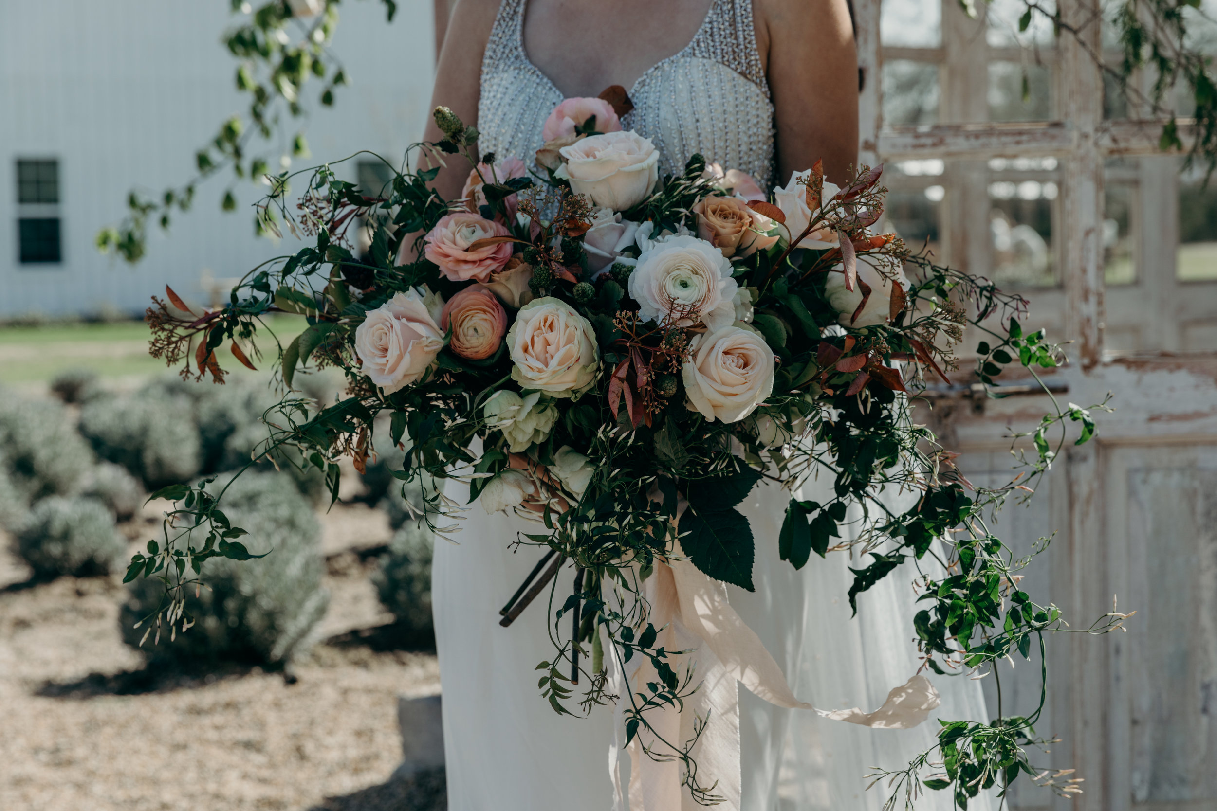 TheWhiteSparrowStyledWeddingShootinTexas-7.jpg